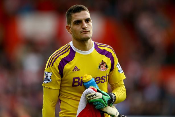 Vito Mannone (pic) and Wes Brown helped Alexis Sanchez to a brace