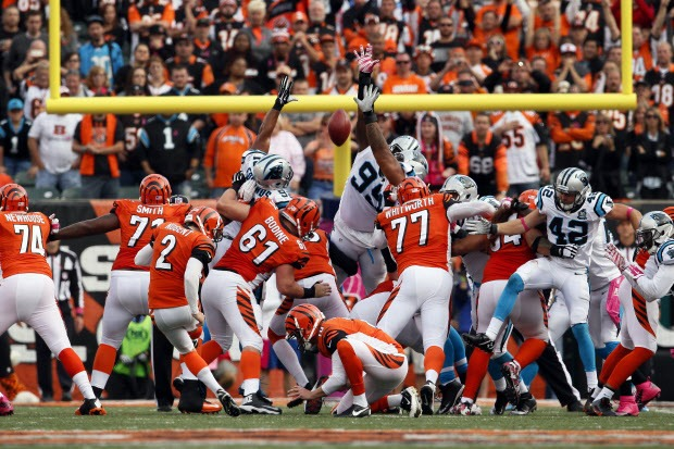 Mike Nugent's misses field goal