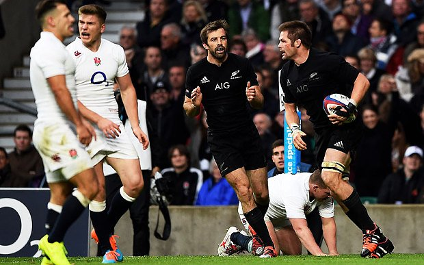 Captain Fantastic: Richie McCaw excelled in tough conditions at Twickenham.