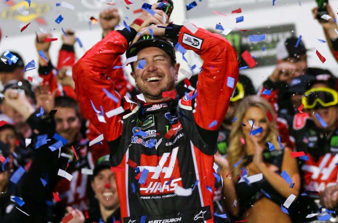 kurt busch wins daytona