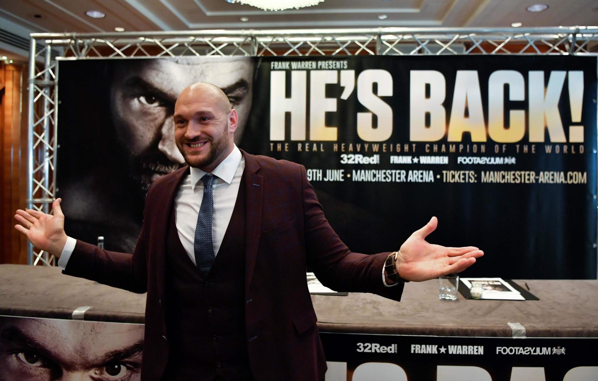 Tyson Fury Returns Scaled