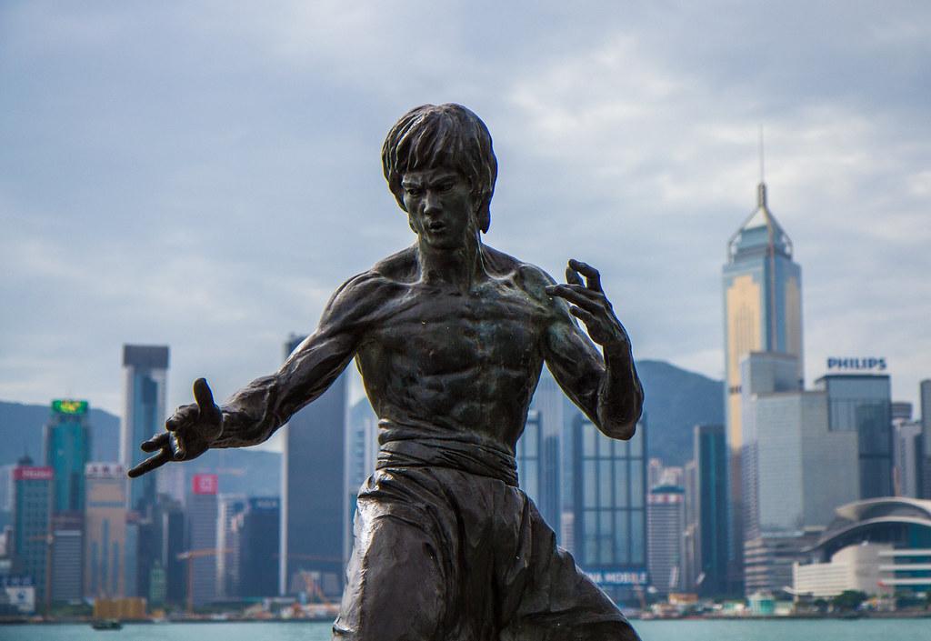 Bruce Lee statue hong kong