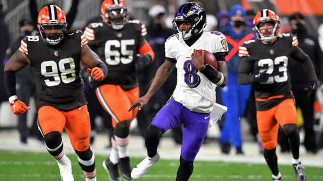 Lamar Jackson Outruns The Browns