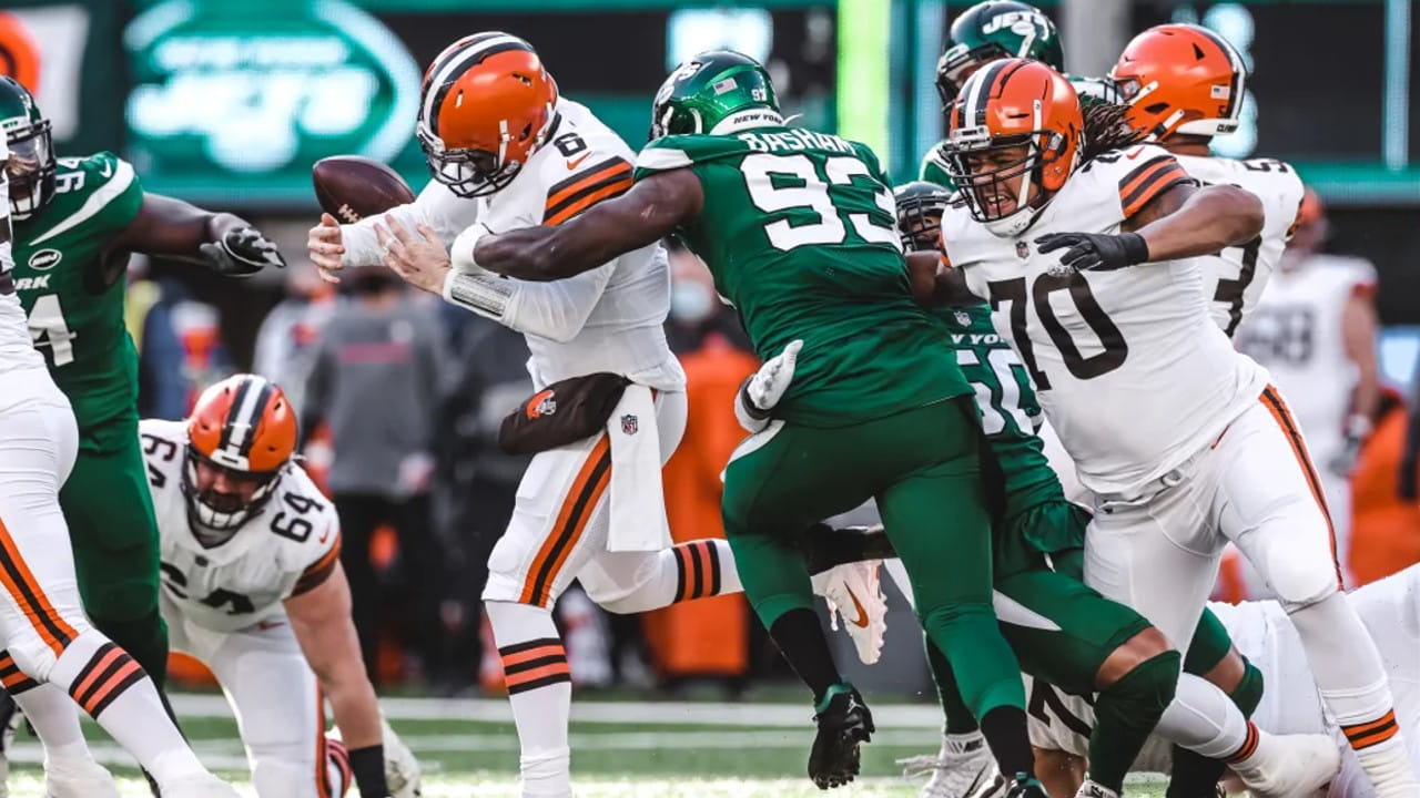 Tarell Basham Forces His Second Fumble Of The Game To Silence The Browns Comeback
