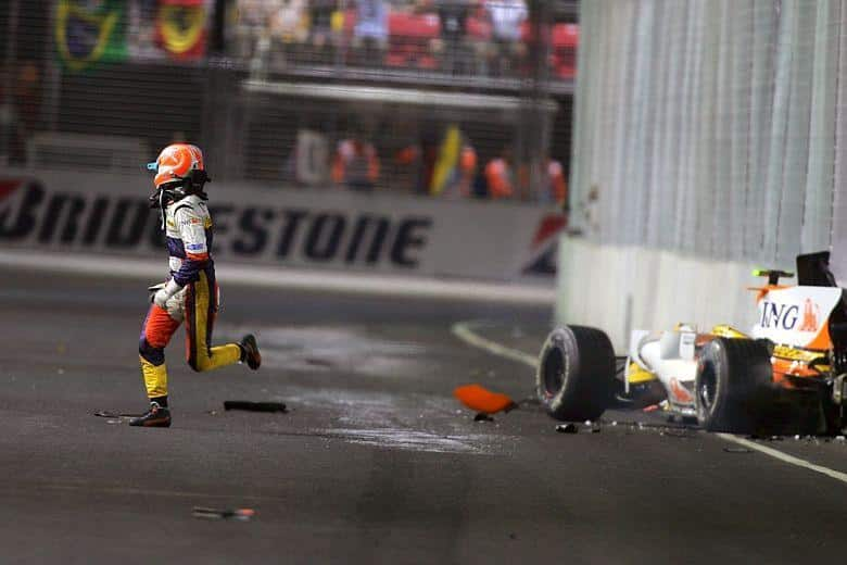 Nelson Piquet Jr. Was Ordered By The Team To Deliberately Crash In Singapore Gp 2008 To Help Alonso Win The Race