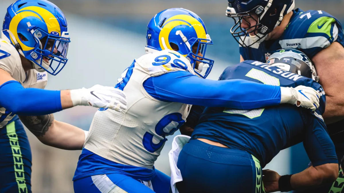 Aaron Donald and the Rams defense hounded the Seahawks all day