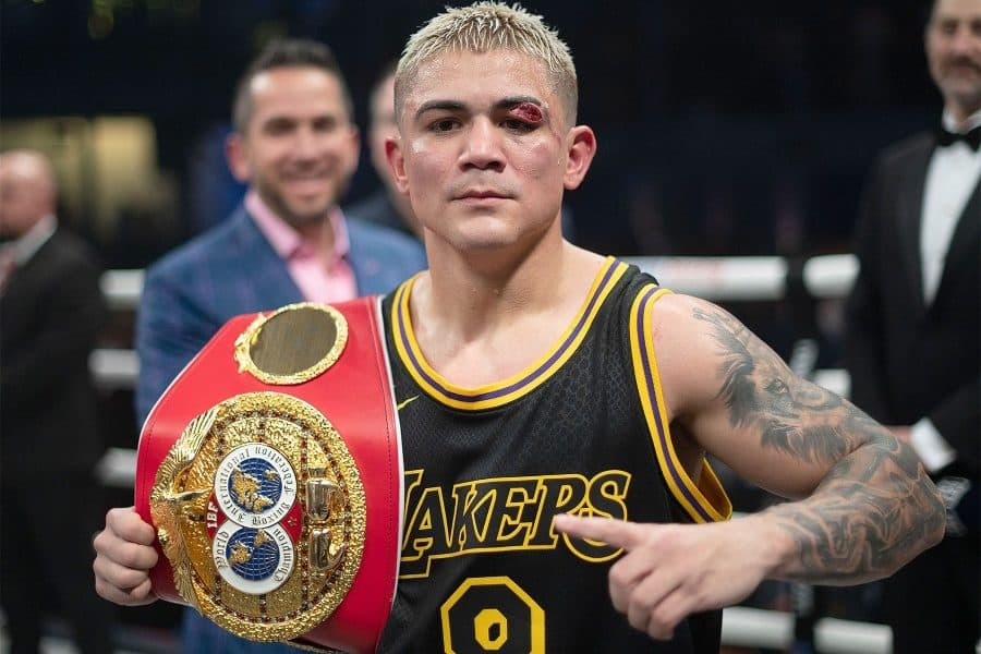 Jojo Diaz Suffers Horrific Cut To Overcome Tevin Farmer And Win The Ibf World Title