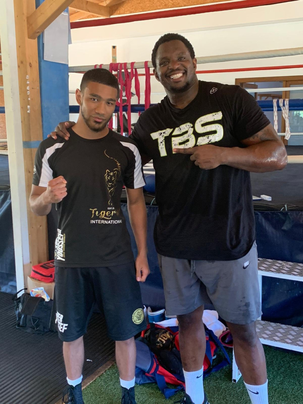 Youssef Khoumari Signs With Dillian Whyte