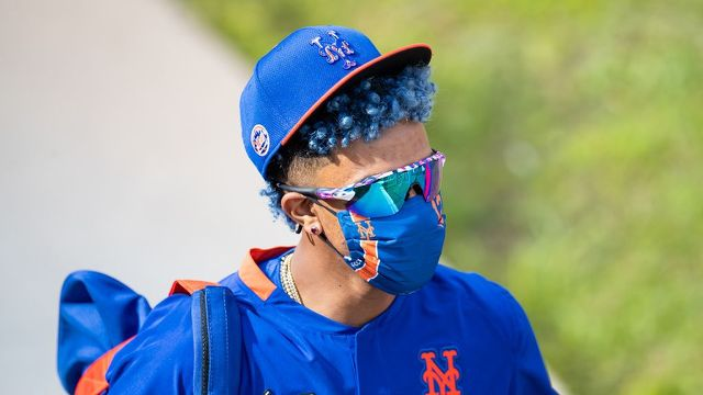 Francsico Lindor In New York Mets Gear, And Sporting Blue Hair.