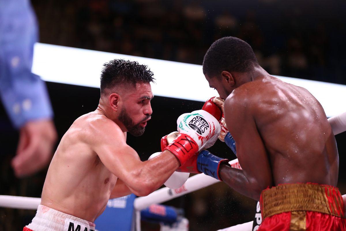Jose Ramirez Viciously And Brutally Stops Undefeated World Champion Maurice Hooker