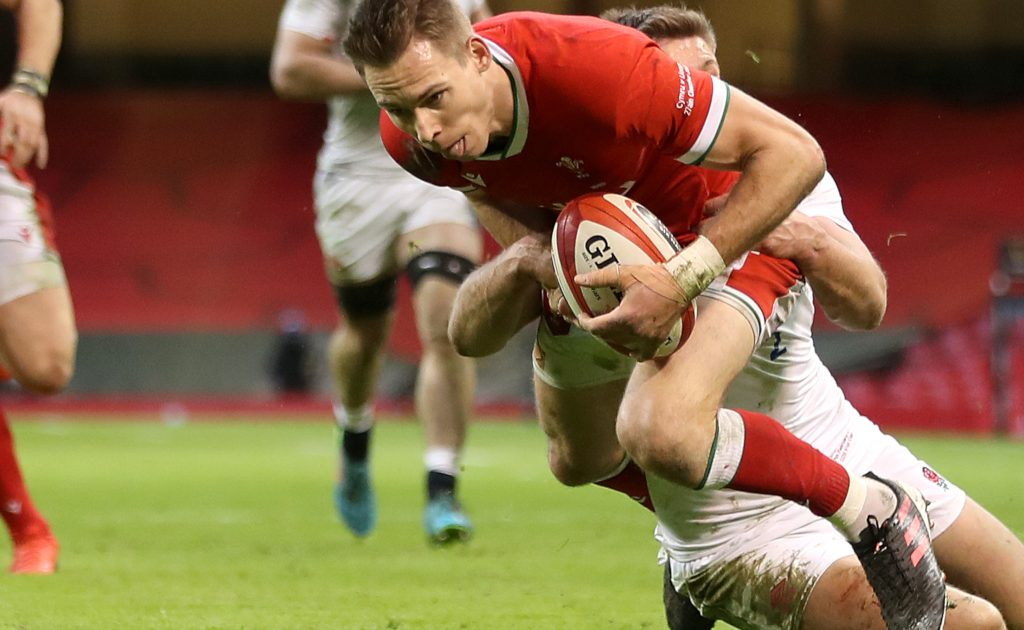 Liam Williams Scoring a try