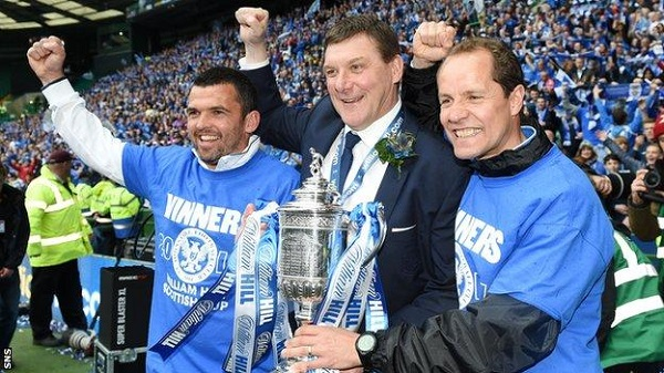 St Johnstones Coaching Team With The Scottish Cup
