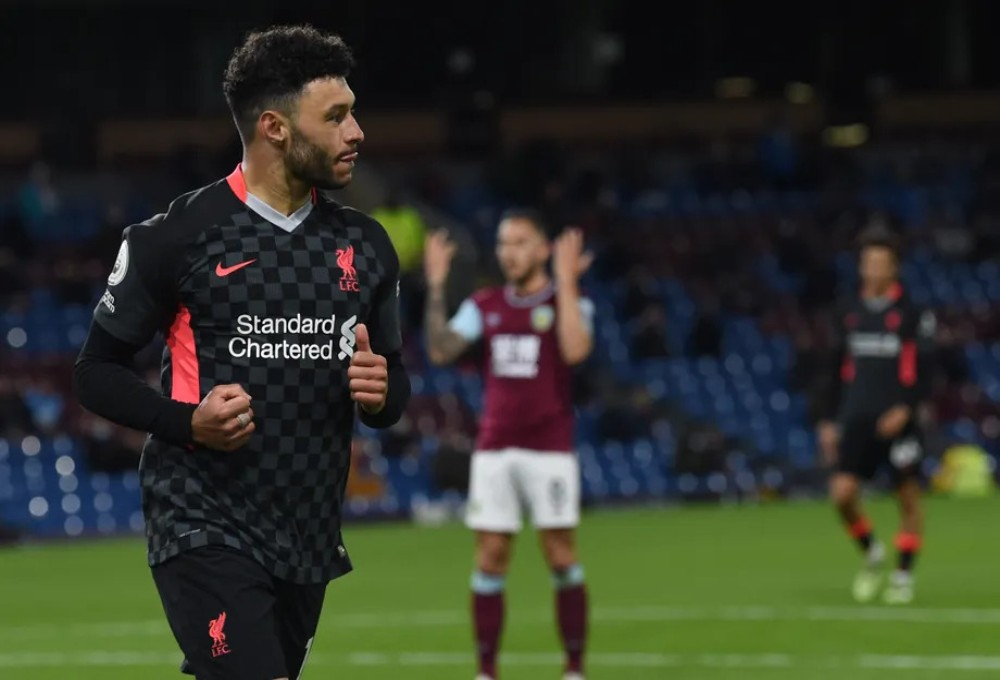 West Ham And Newcastle Interested In Signing Liverpool Outcast Oxlade-Chamberlain