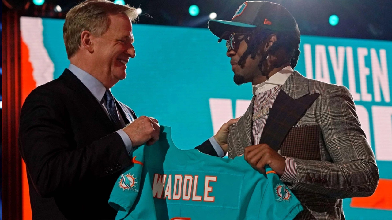Jaylen Waddle was selected sixth overall by Dolphins