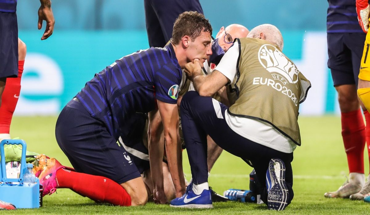 Benjamin Pavard Being Assessed By The Doctors