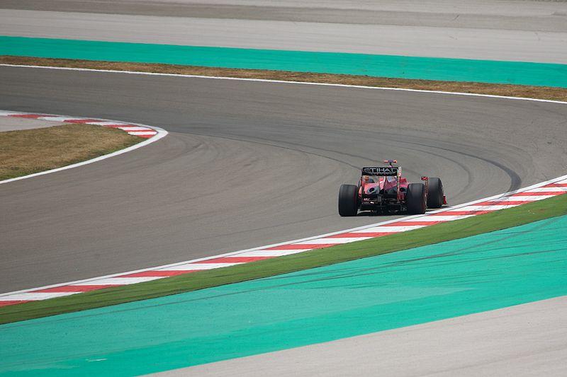 Felipe Massa drives around Turn 8 at Turkey