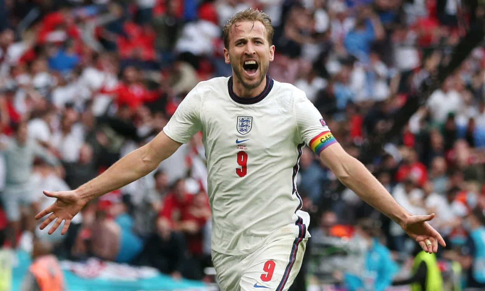 Kane finally scores as England beat Germany