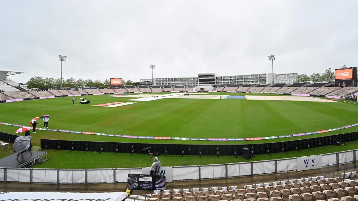Rain Delays Southampton
