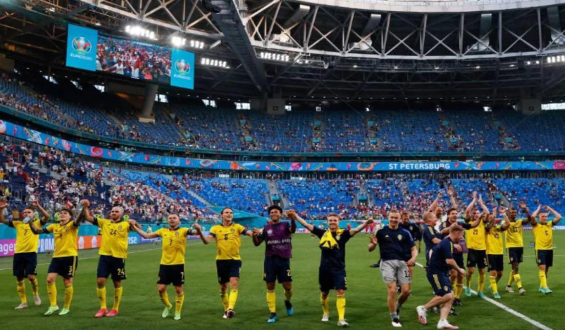 Sweden Squad Celebrating After Winning Against Poland