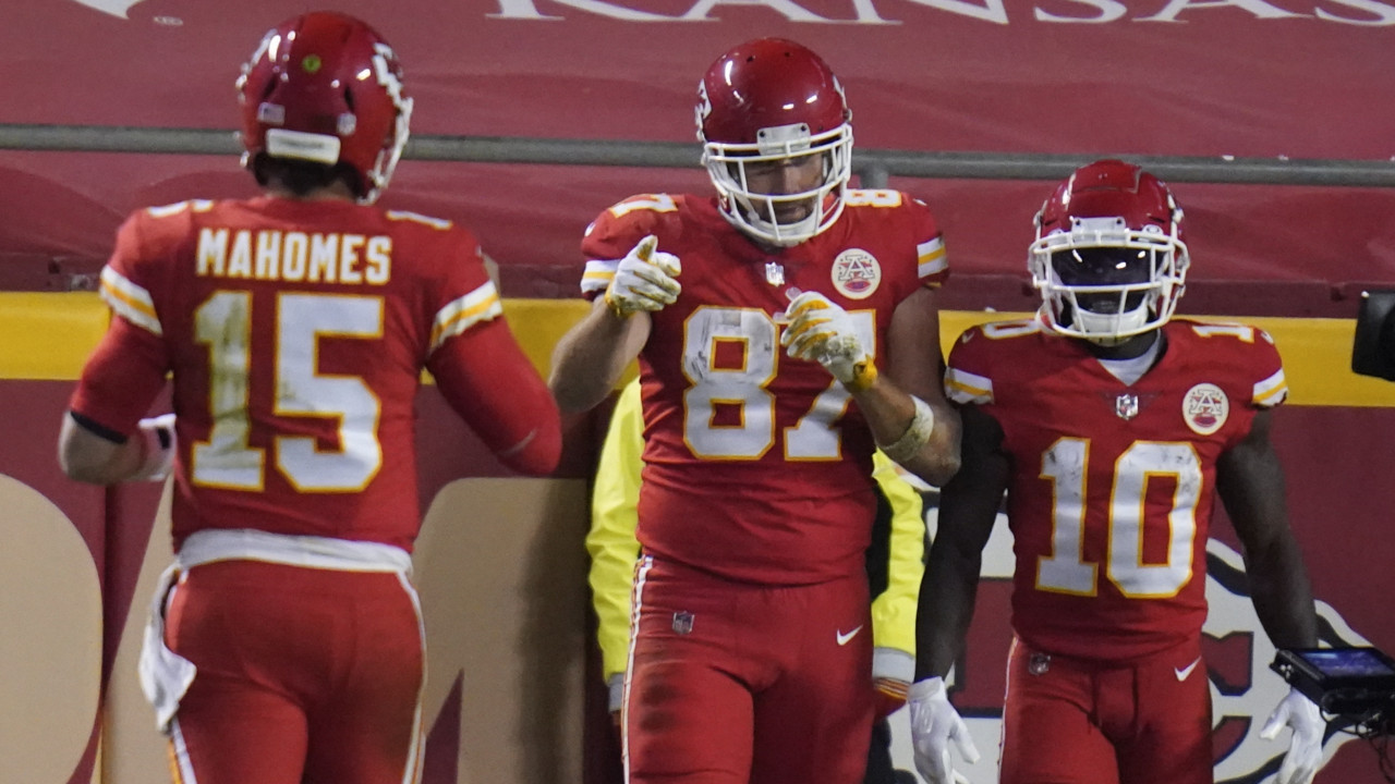 The Afc West Still Need To Fear The Chiefs Big Three