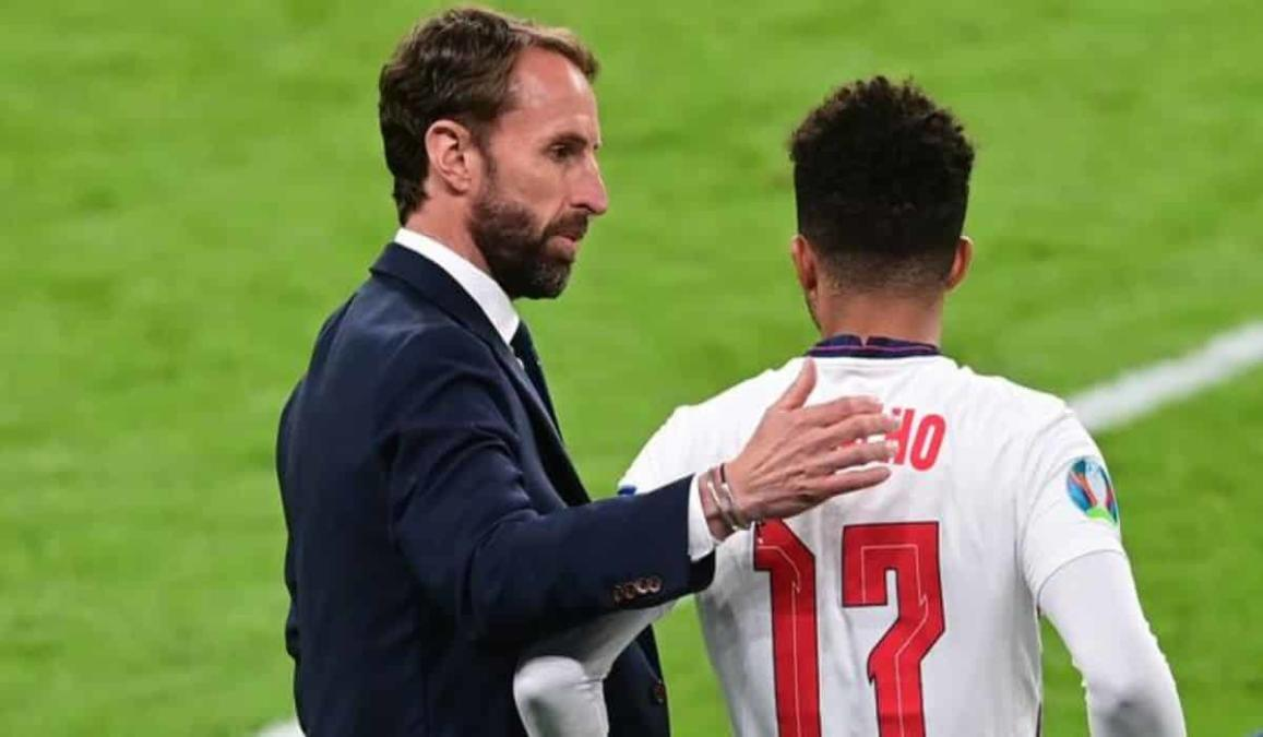Gareth Southgate To Go With Sancho Ahead Of Young And Inexperienced Saka