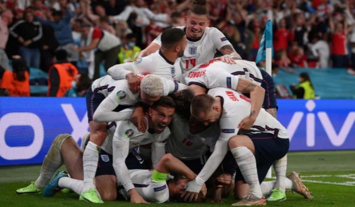 Harry Kane Celebrating His Added Extra Time Goal Against Denmark