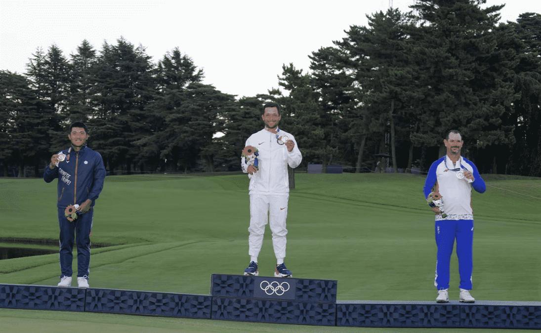 Golf medallists