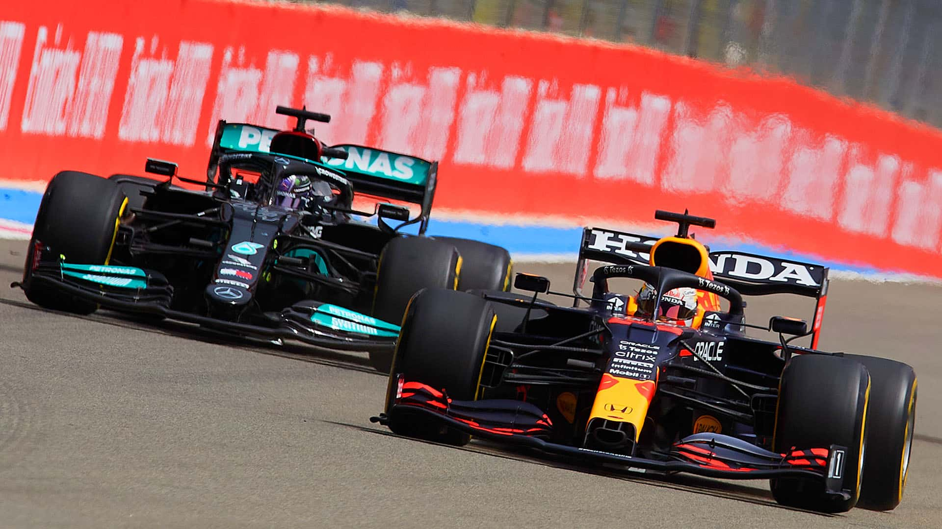 Mercedes and Red Bull are fighting it out for the 2021 drivers' and constructors' titles